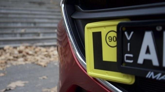 Câmara Federal quer obrigar condutor novato a usar placa de identificação no veículo.