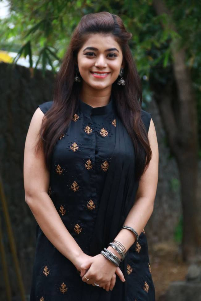 Yamini Bhaskar At Munnodi Movie Press Meet Stills