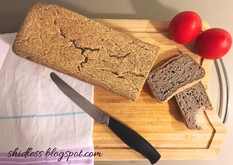 Upiekłam chleb! Przepis na bezglutenowy chleb z jednego składnika