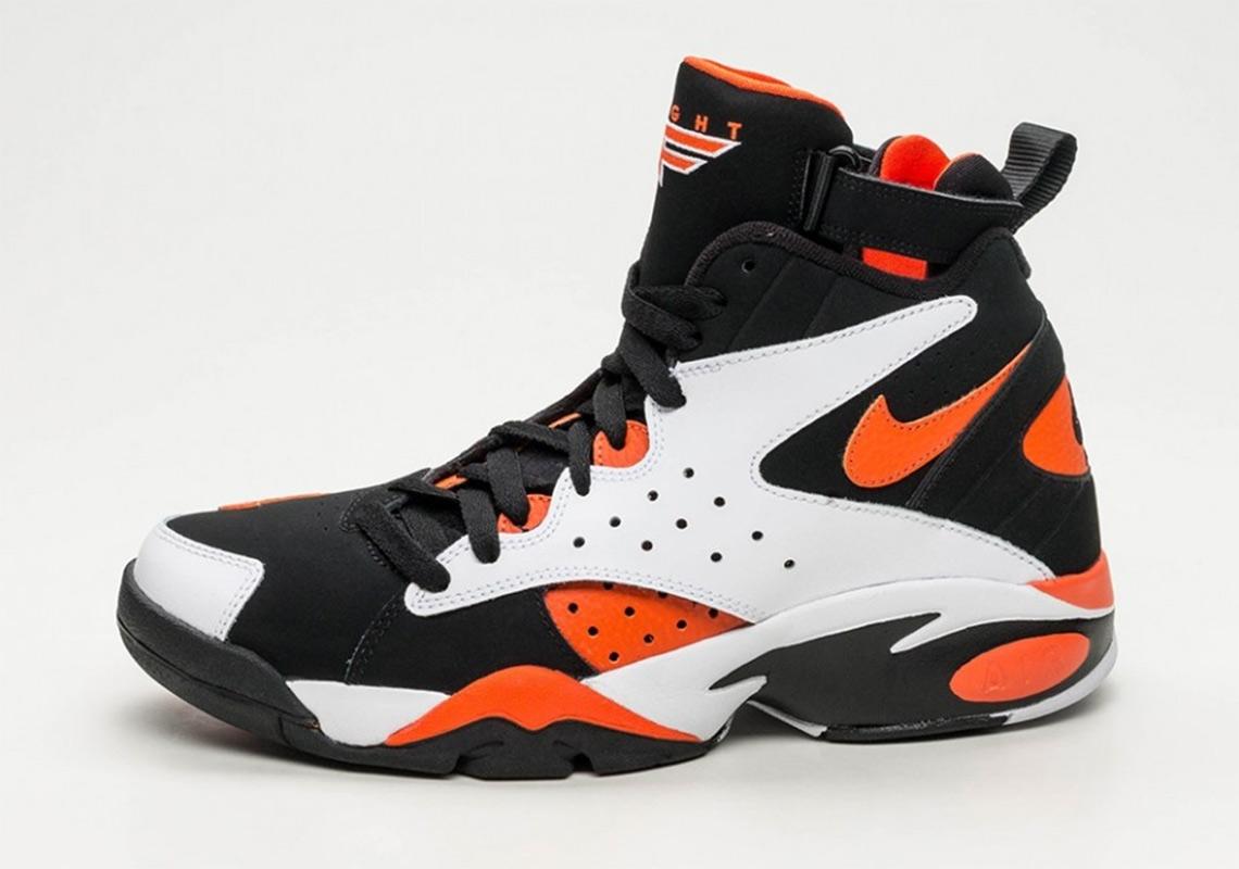 92d98f196cd5 EffortlesslyFly.com - Online Footwear Platform for the Culture ...