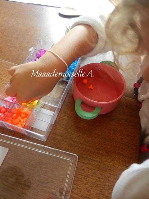 || Activité : Des perles, des pots et son imagination