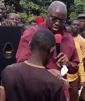 fayose gives crippled man N2000