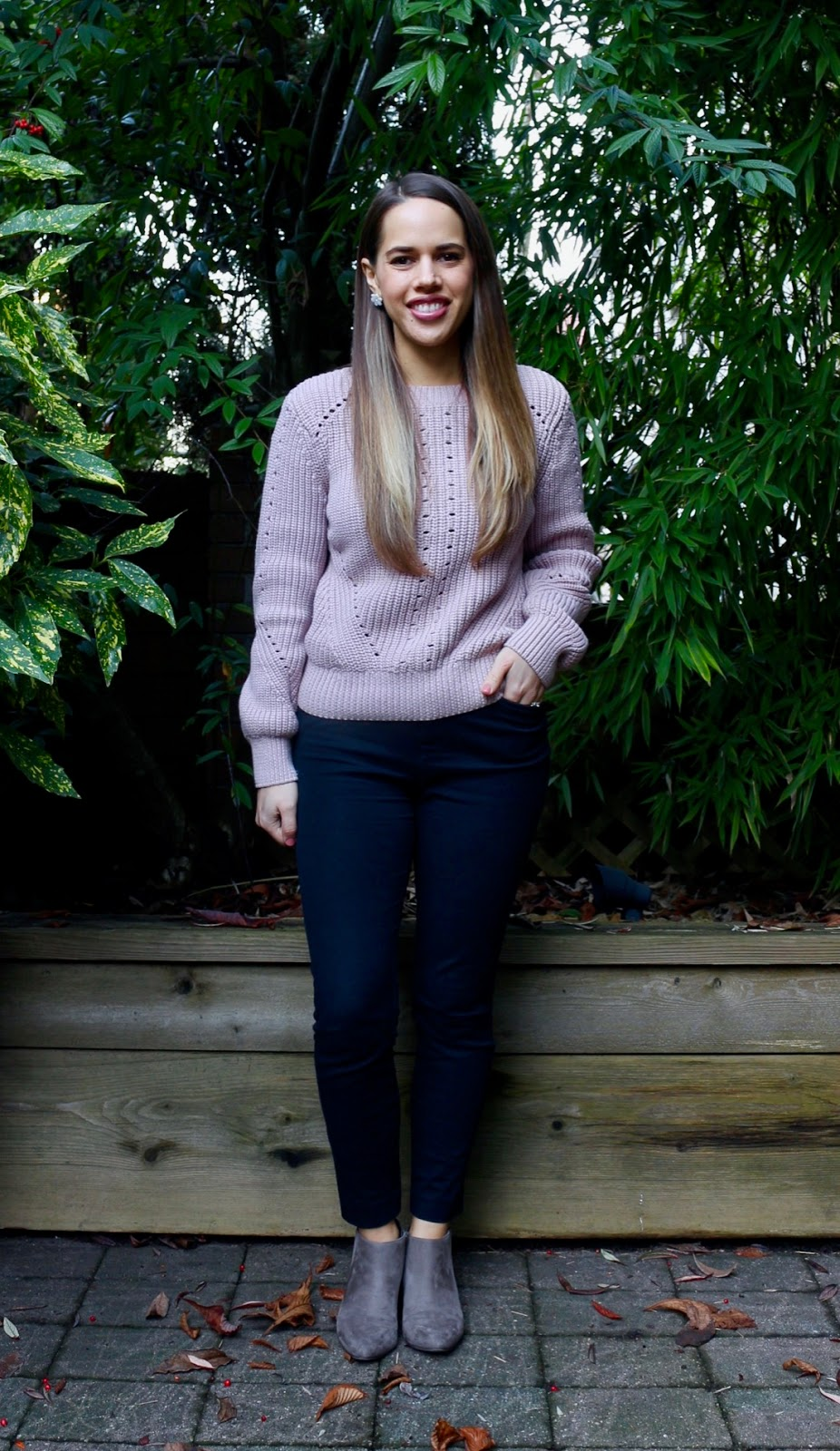 Jules in Flats - H&M Pink Knit Sweater + Ankle Booties (Business Casual Winter Workwear on a Budget)