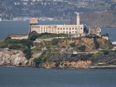Rumah-Sarang-Hantu-Alcatraz