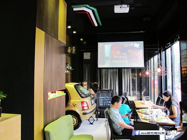 IMG 0663 - 【台中美食】1770 cafe ,置身在彩虹屋底下的美食饗宴,餐點讓你隨意搭配,想吃甚麼就搭甚麼