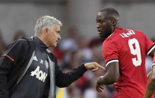 Mourinho Kecewa Sikap Fans Manchester United Terhadap Lukaku