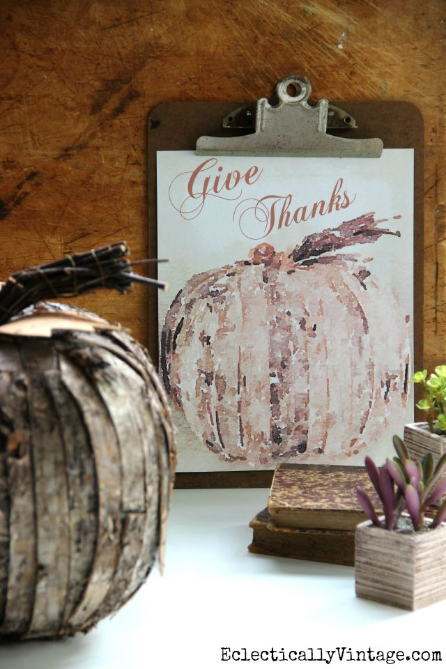 Give Thanks free water color printable
