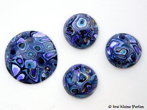 drei kleine perlen cabochons kann man auch selber machen. Black Bedroom Furniture Sets. Home Design Ideas