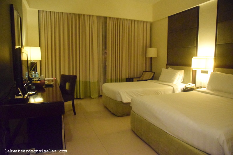 A WEEKEND WITH A GREAT VIEW AND FOOD:  TAAL VISTA HOTEL TAGAYTAY