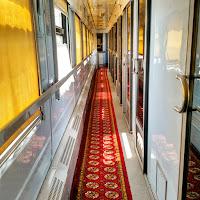 Le Chameau Bleu - Blog Voyage Ouzbékistan - intérieur train ouzbek - Voyage en Ouzbékistan Transport