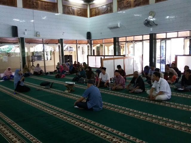 KIM Swaraguna Bagikan Kiat Wurausaha Online Bagi Remaja Masjid