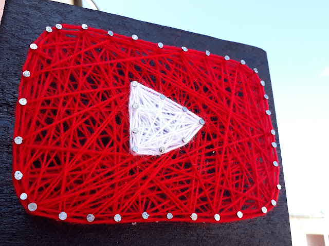 String art :youtube play button