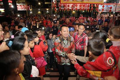 Ridho Ficardo Safari Imlek ke Beberapa Vihara di Bandar Lampung