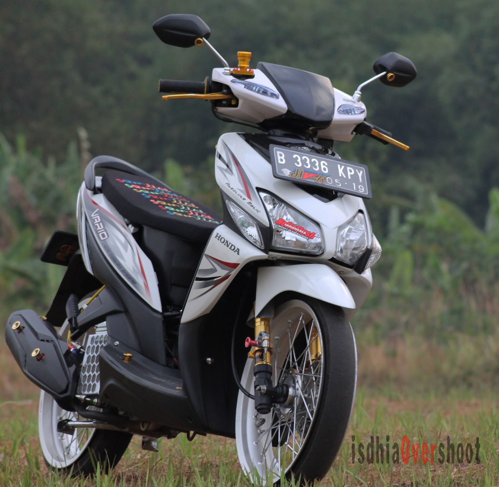 Modifikasi Honda Vario 125 Ring 17 Lampak Modifikasi