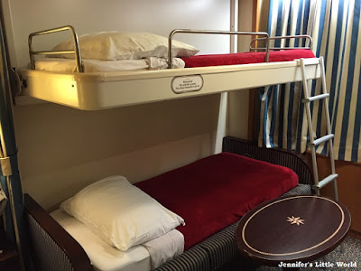 Bunkbeds on Disney Magic cruise ship
