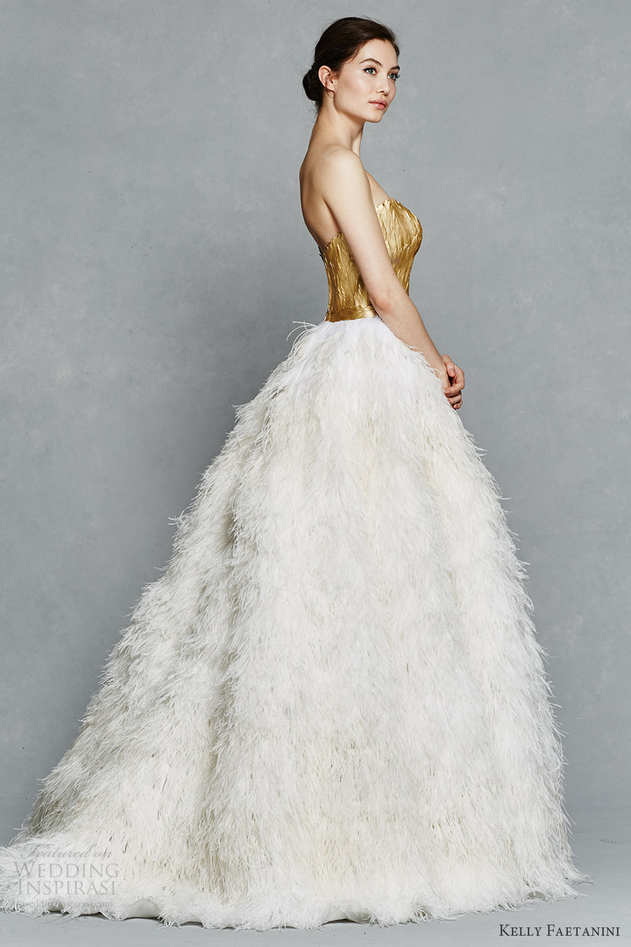 Featherstore for Wedding dress with ostrich feathers