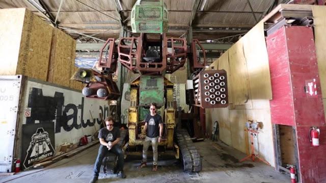 giant-robot-duel-usa-vs-japon-august
