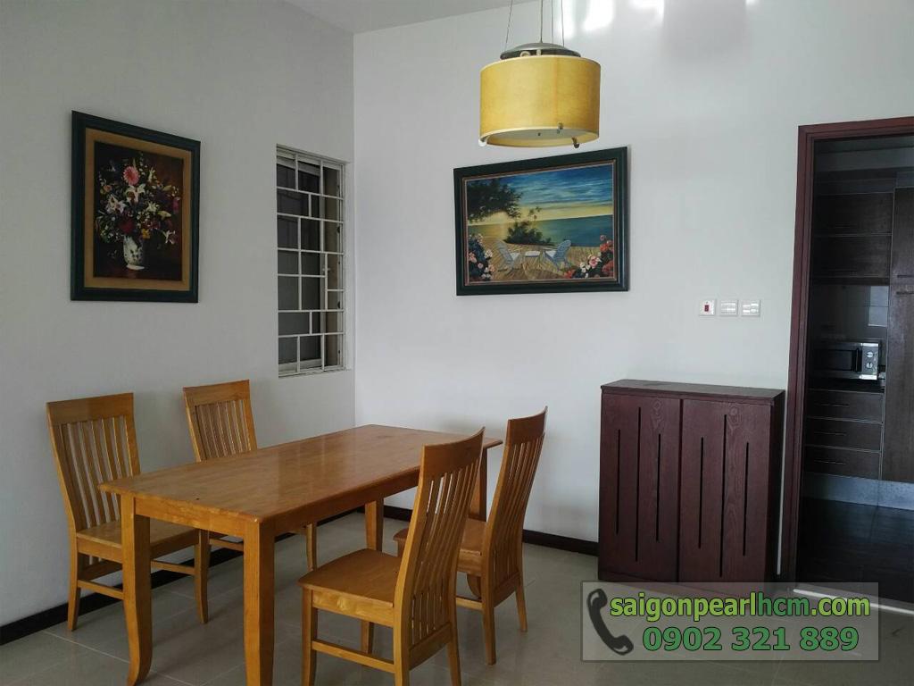 Saigon Pearl - Ruby 1 bán căn hộ 140m2 - bàn ghé gỗ