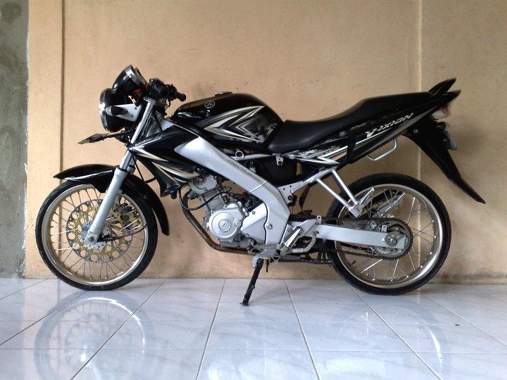 Foto Modifikasi Yamaha Vixion Sporty Simple Modifikasi