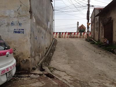 Ô tô đỗ cửa chung cư giá rẻ Minh Đại Lộc 2