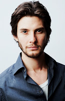 http://www.totalcomicmayhem.com/2016/10/ben-barnes-role-revealed-in-netflix.html