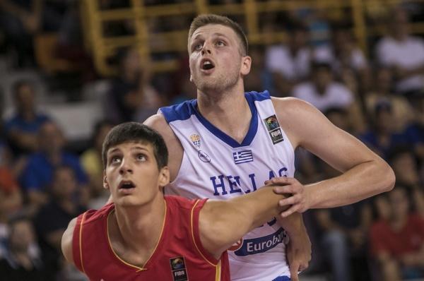 Ευρωπαϊκό Νέων U20: Ελλάδα-Μαυροβούνιο 56-49 και πρόκριση στα προημιτελικά. Το video του αγώνα. Δηλώσεις Παπαθεοδώρου, Χαραλαμπόπουλου, Κόνιαρη
