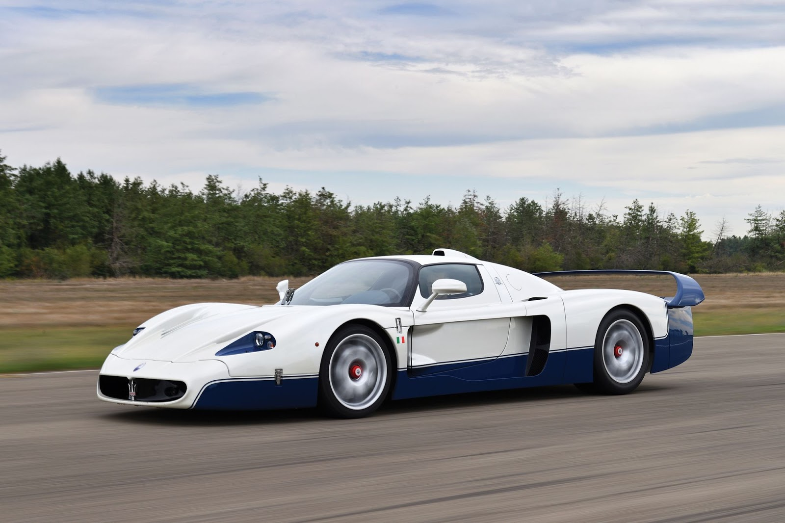 Rear View Camera >> Stunning Maserati MC12 Bound For Auction Without Reserve