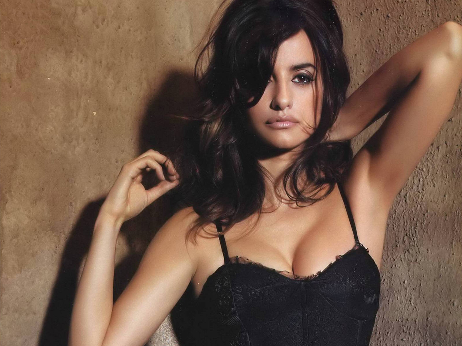Penlope Cruz Hot Wallpaper Collection  Icon Magazine-7779