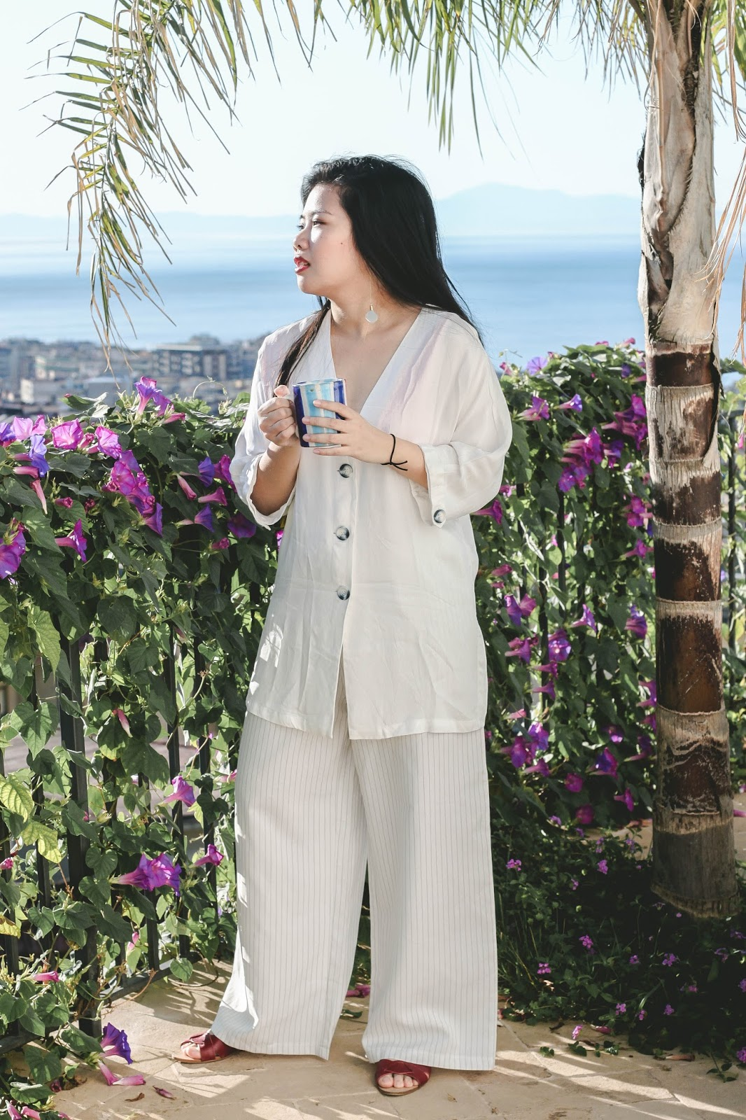 singapore blogger stylist look book holiday europe italy salerno airbnb apartment view photography street style fashion
