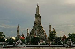 Kuil Fajar - Wat Arun - Wat Phra Keaw | Paket Tour Murah ke Thailand 2015