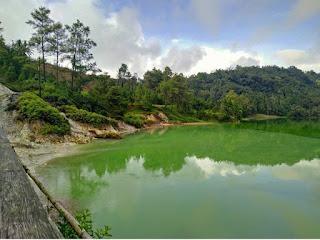 danau linow tomohon wisata lahendong