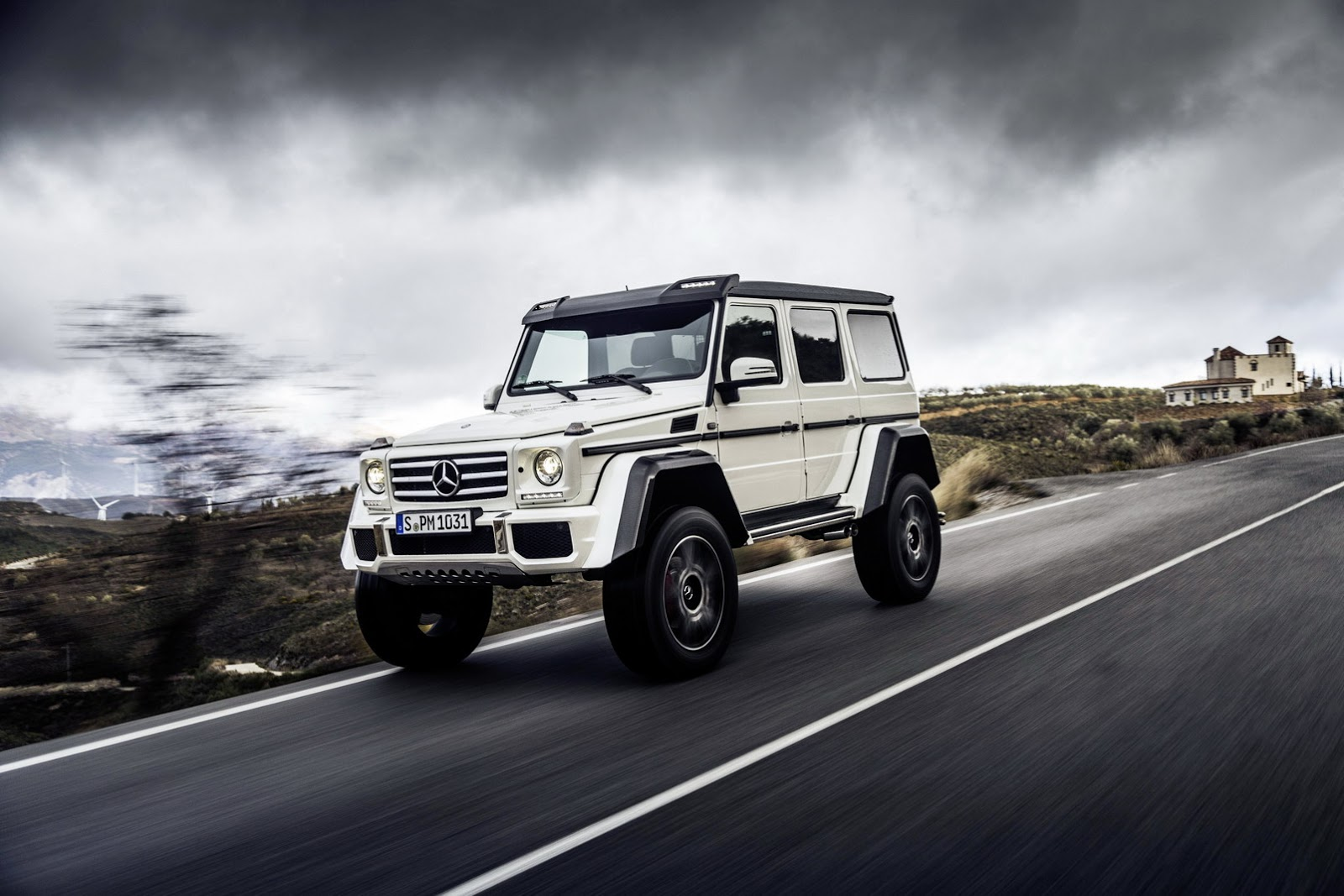 New 2017 Mercedes Benz G550 4x42 Coming To Conquer A