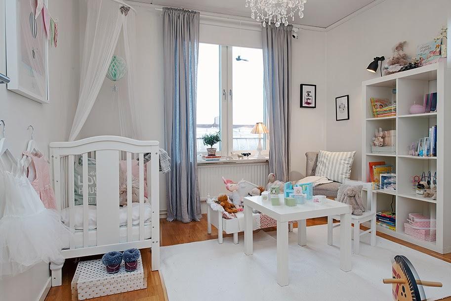 Minimalistyczne mieszkanie w stylu skandynawskim - wystrój wnętrz, wnętrza, urządzanie domu, dekoracje wnętrz, aranżacja wnętrz, inspiracje wnętrz,interior design , dom i wnętrze, aranżacja mieszkania, modne wnętrza, styl skandynawski, scandinavian style, biała wnętrza, minimalizm, pokój dziecięcy
