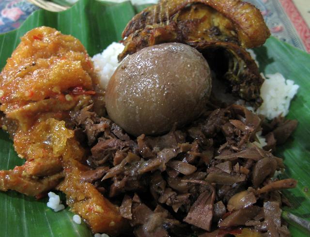 Makanan Khas Yogyakarta Ini Wajib Kamu Cicipi