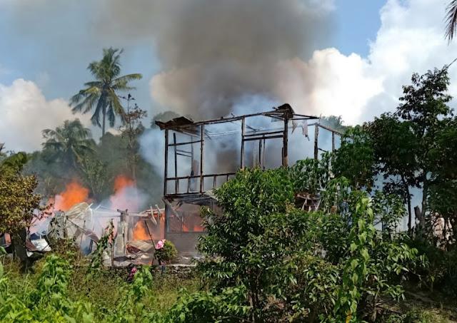 Diduga Korsleting Listrik, Empat Rumah Ludes Terbakar