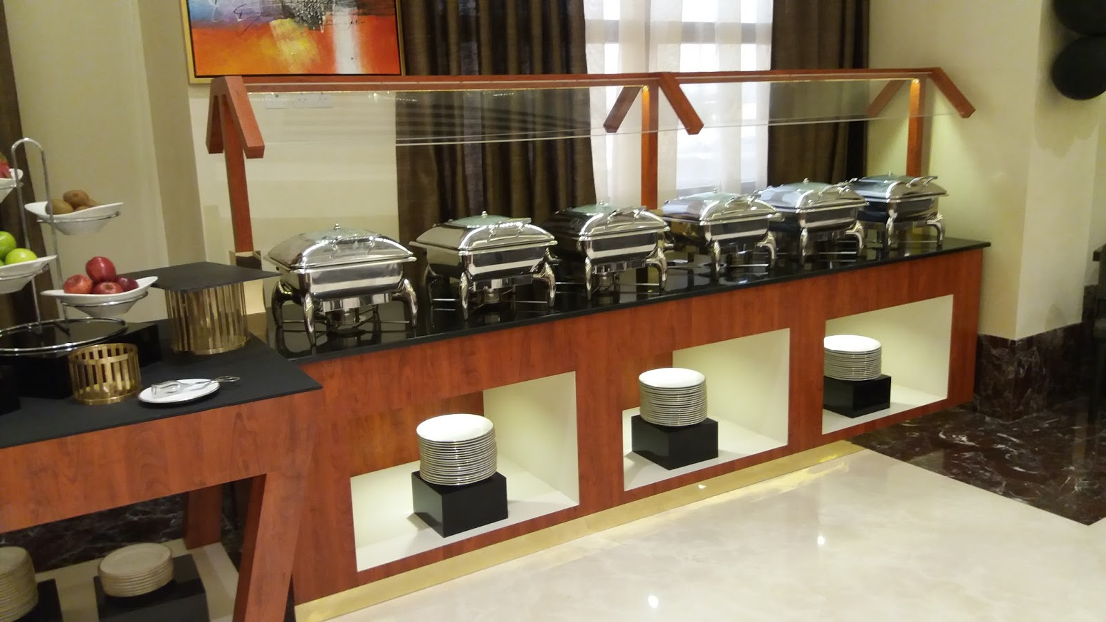 Gurooji design buffet counters for 4 star hotel for Design hotel 4 stars