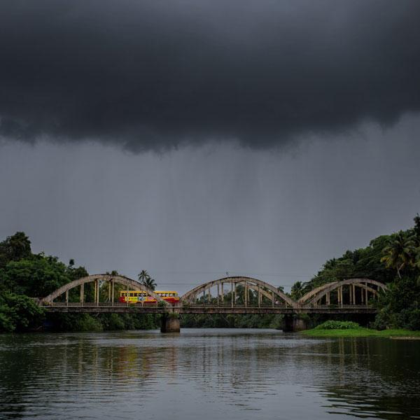 backwaters tour vaikom cochin kerela photo