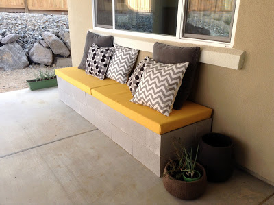 Hello daly mini patio project cinder block bench for Cinder block seating area