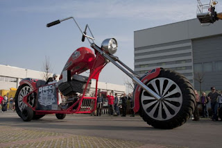 motor terbesar di dunia