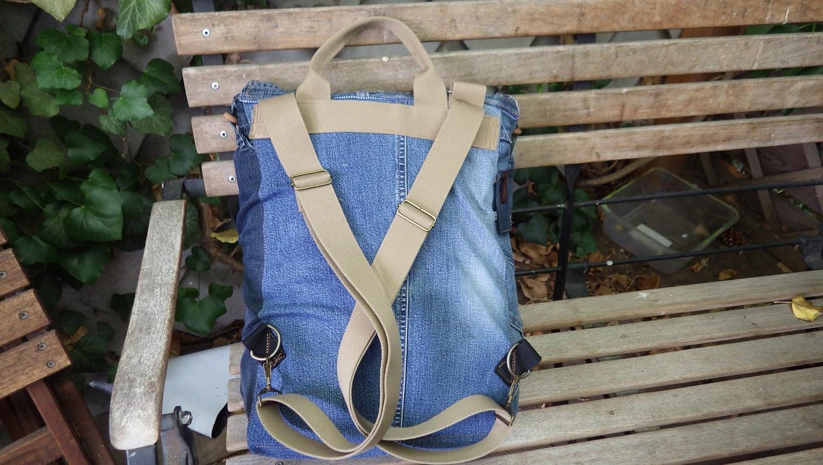 Tinistaschen Rucksack Aus Alten Jeans