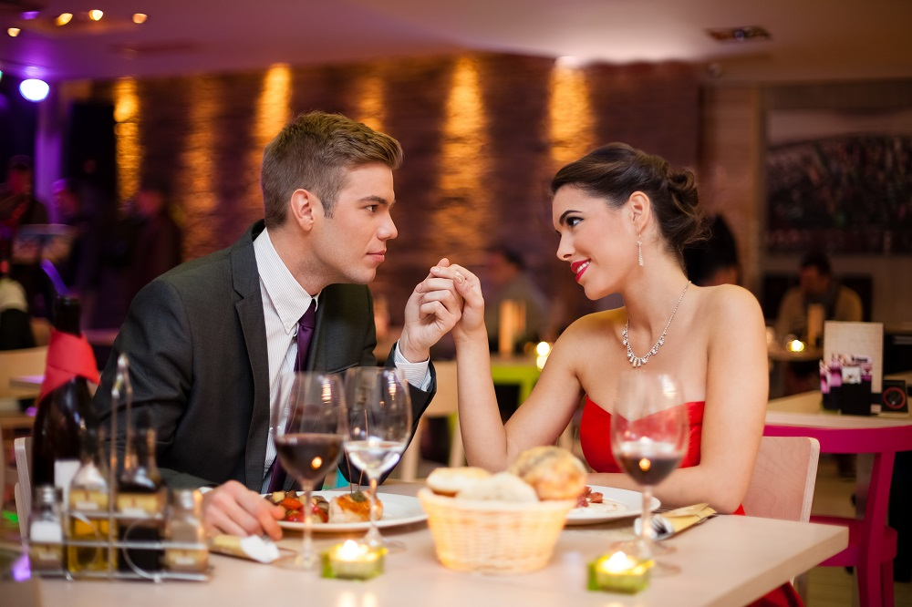 Tips to Find the Best Fine Dining Restaurants for Christmas Evening 3