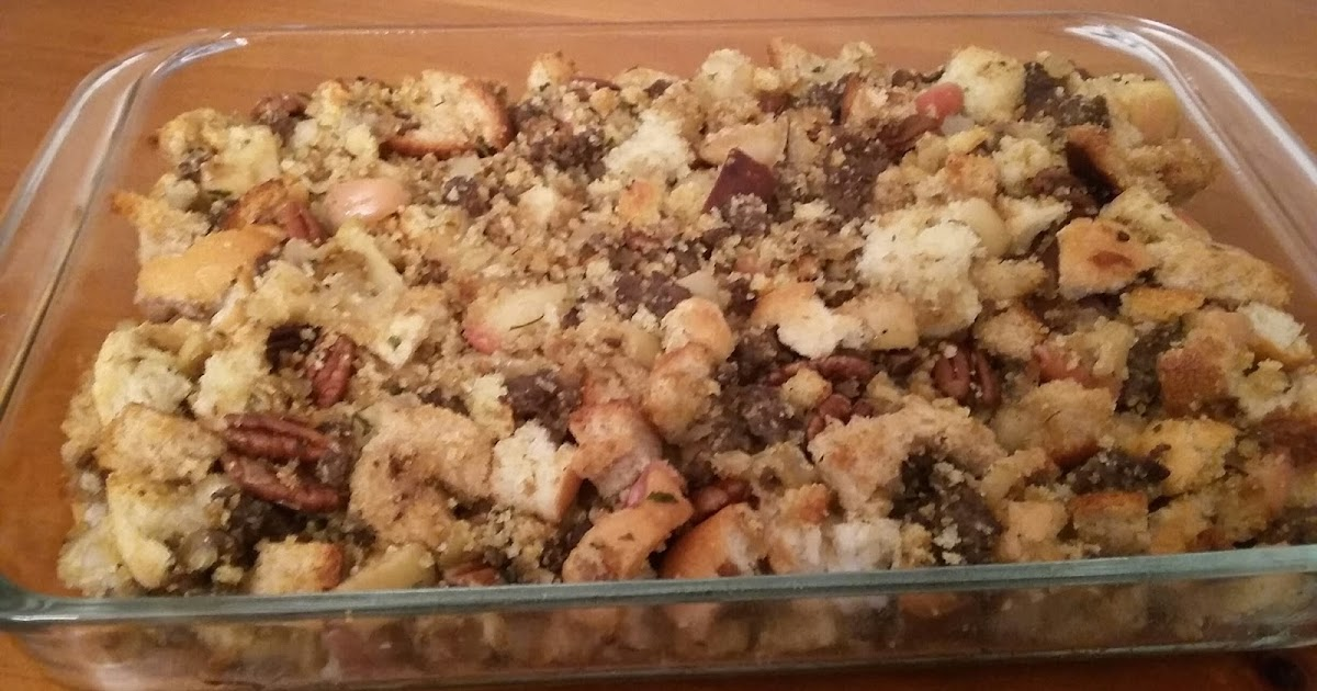 Kip's Recipes: Cornbread-Sausage Stuffing with Apples