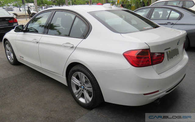 BMW 320i Active Flex 2016