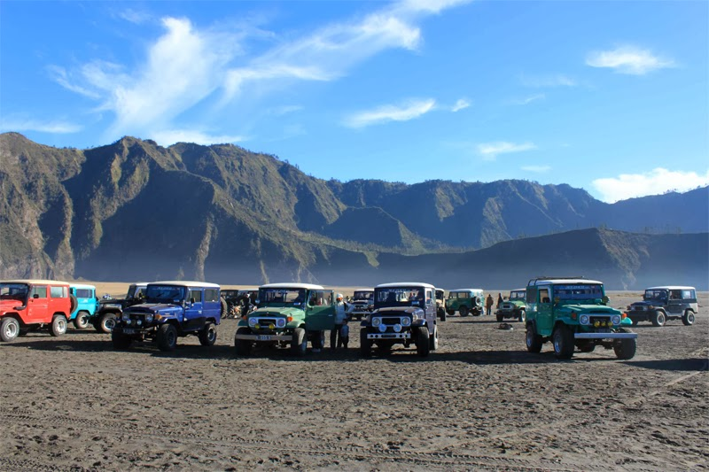 mount bromo jeep rental