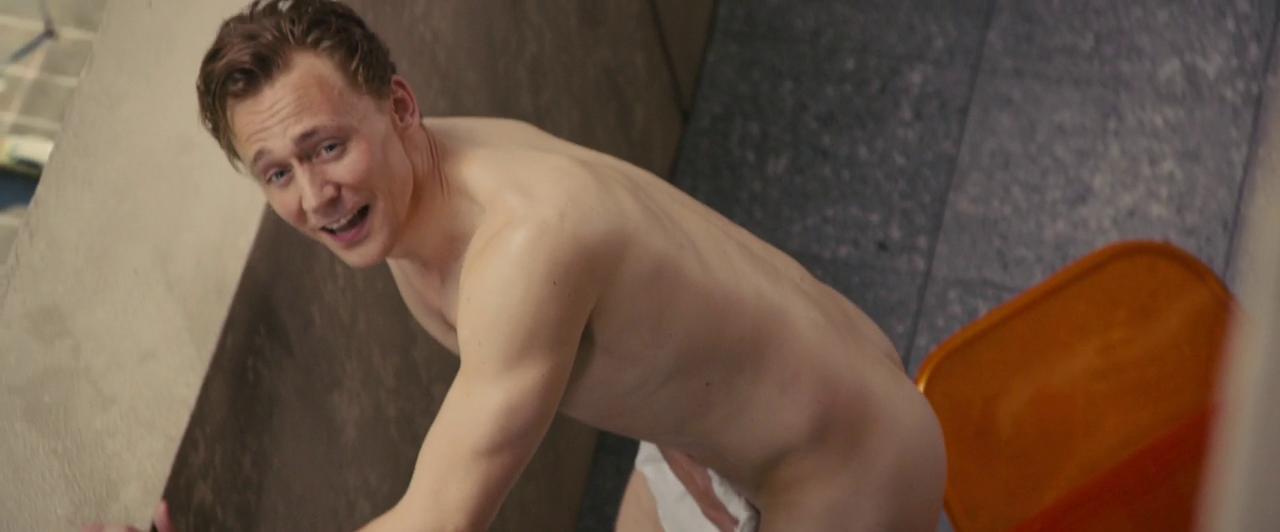 Tom hiddleston sitting legs open nude
