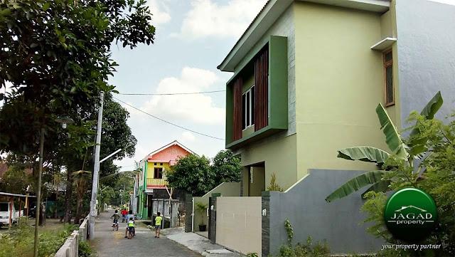Rumah Mewah dekat Pasar Stan Maguwoharjo