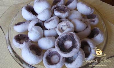 Preparare ciuperci umplute - etapa 2