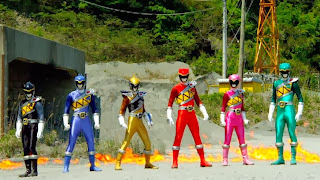 The Kyoryugers ready for battle