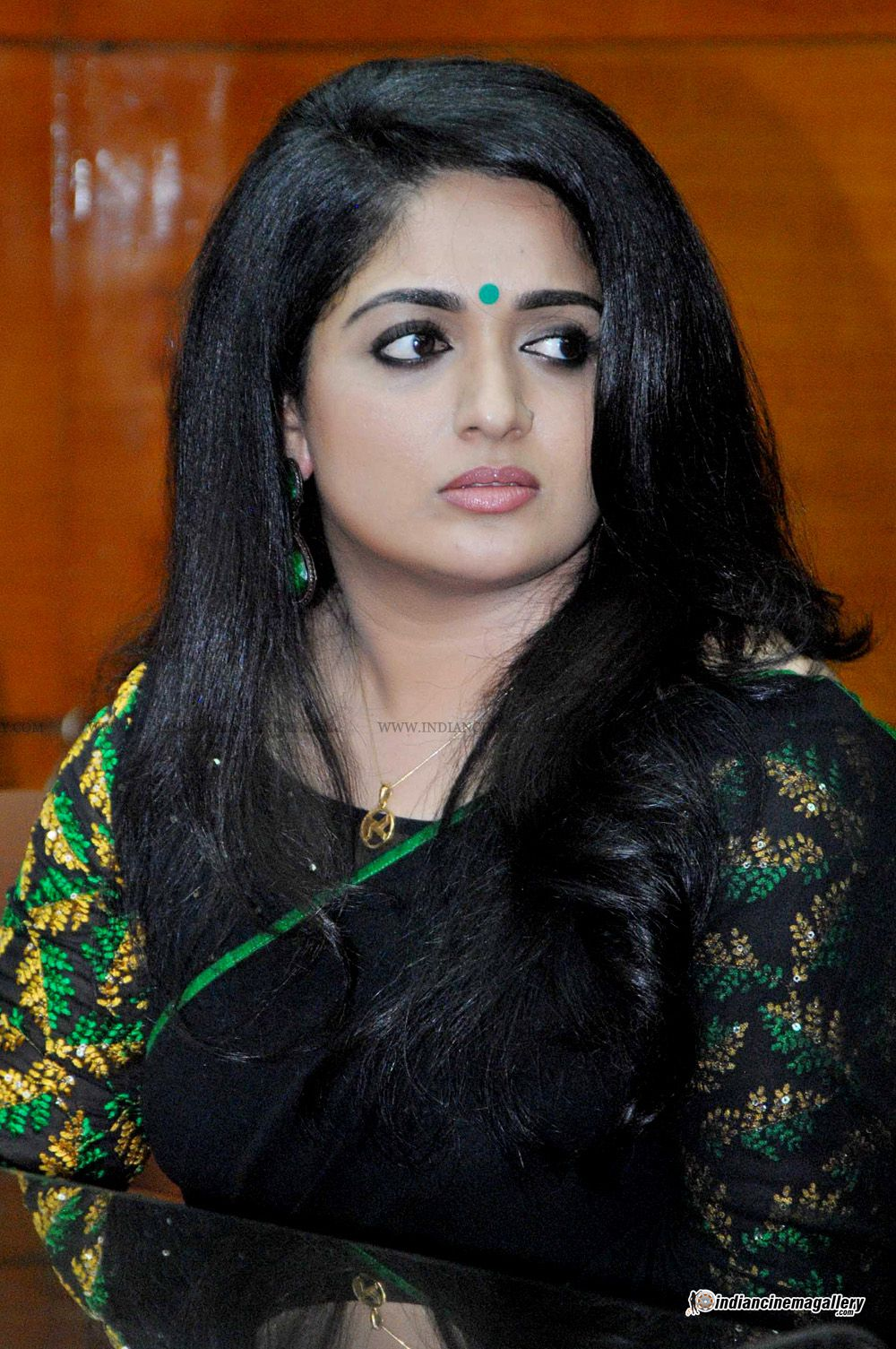 Naked Kavya Madhavan 89 Pictures Paparazzi, Youtube-9073