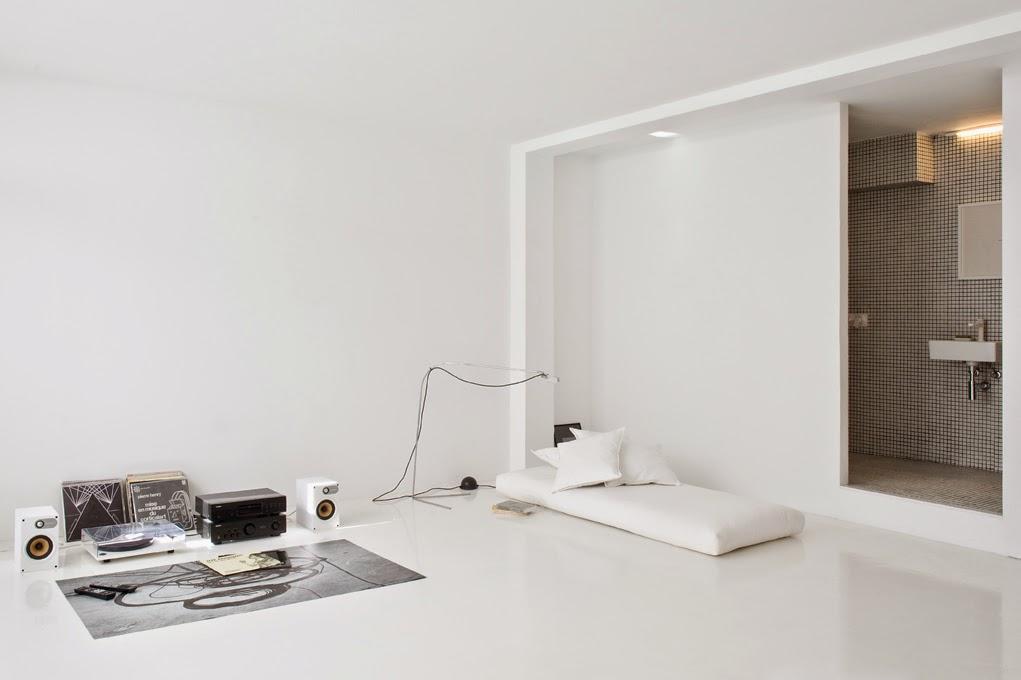 Hometrotter home style blog casa arredamento design for Piccoli mobili design